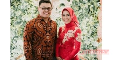 Model Baju Kebaya Couple Panjang Soft Pastel