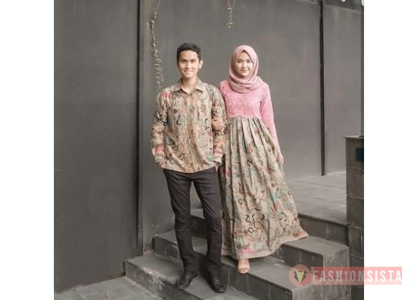Kebaya Batik Couple Terbaru Model Dress Soft Pink