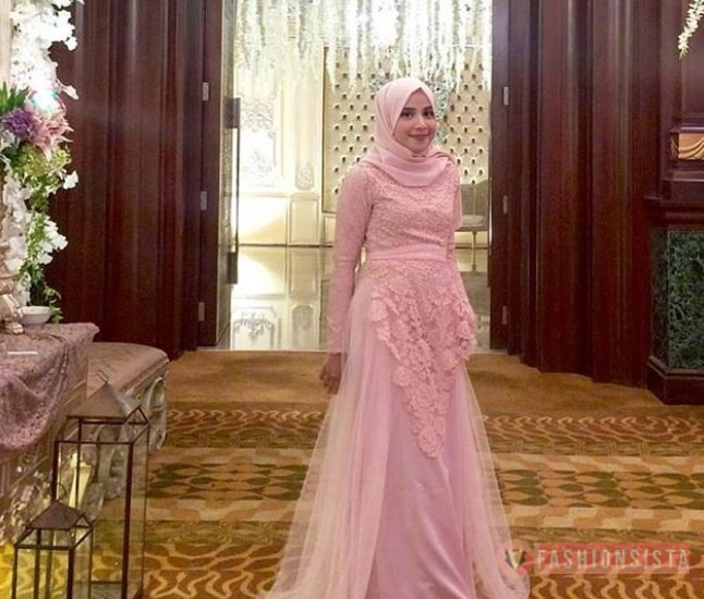 Model Baju Dress Kebaya Brokat Muslim Baby Pink
