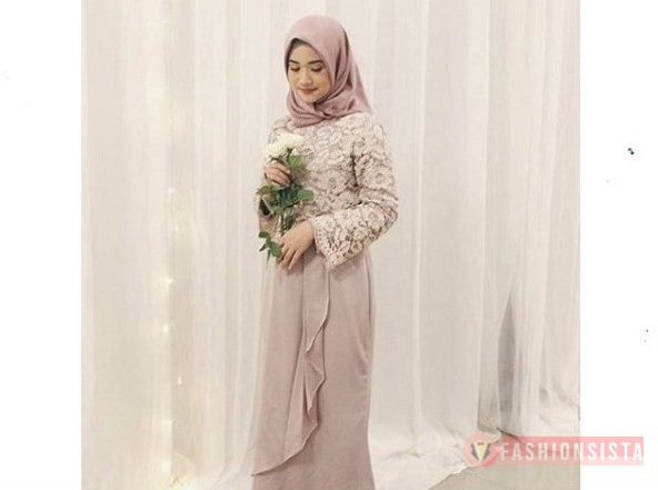 Model Dress Kebaya Brokat Hjjab Kombinasi Sifon Soft Mocca