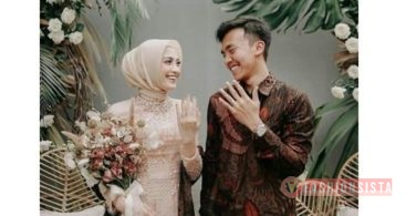 Model Baju Kebaya Couple Selendang Batik Soft Peach