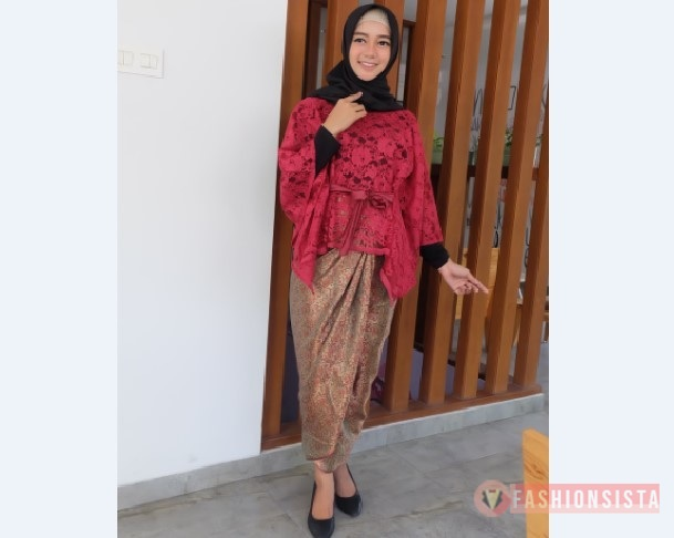 Model Kebaya Modern Blouse Brokat Merah