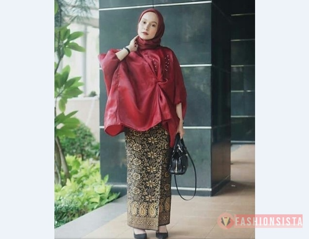Model Kebaya Muslim Blouse Merah