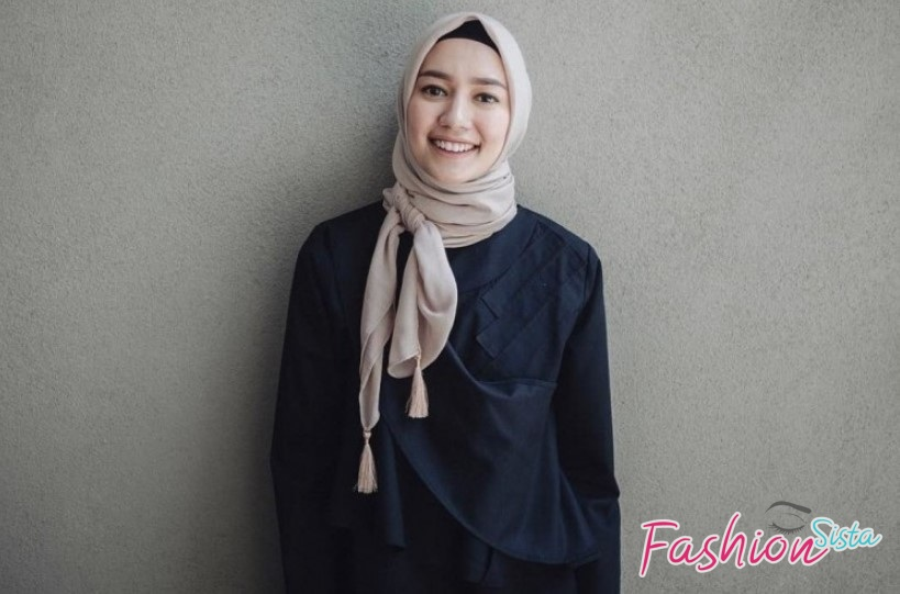 Hijab Segi Empat Polos Model Simple