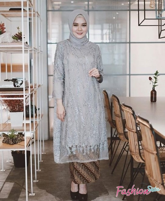 Model Baju Kebaya Brokat Kombinasi Batik Model Tunik Panjang